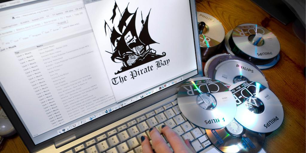 piracy and the internet Online piracy or internet piracy is a serious problem that online community is facing to understand how big online piracy websites hosting pirated content receive more than 146 million visitors per day $125 billion in economic losses each year due to piracy in the music industry 71,060 jobs lost.