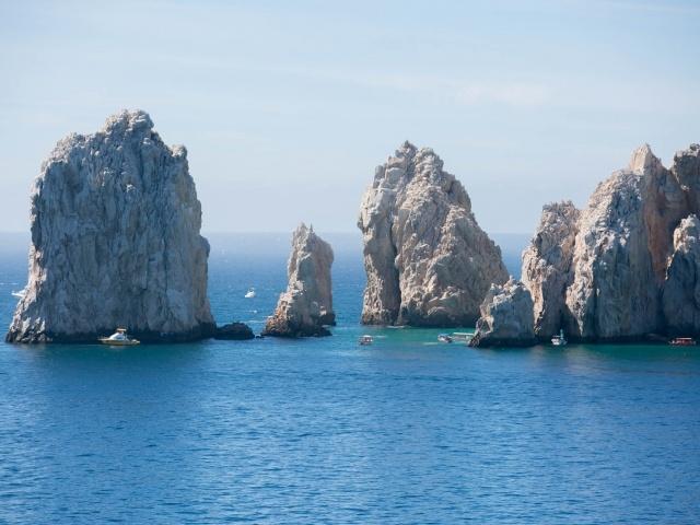 Cabo boats