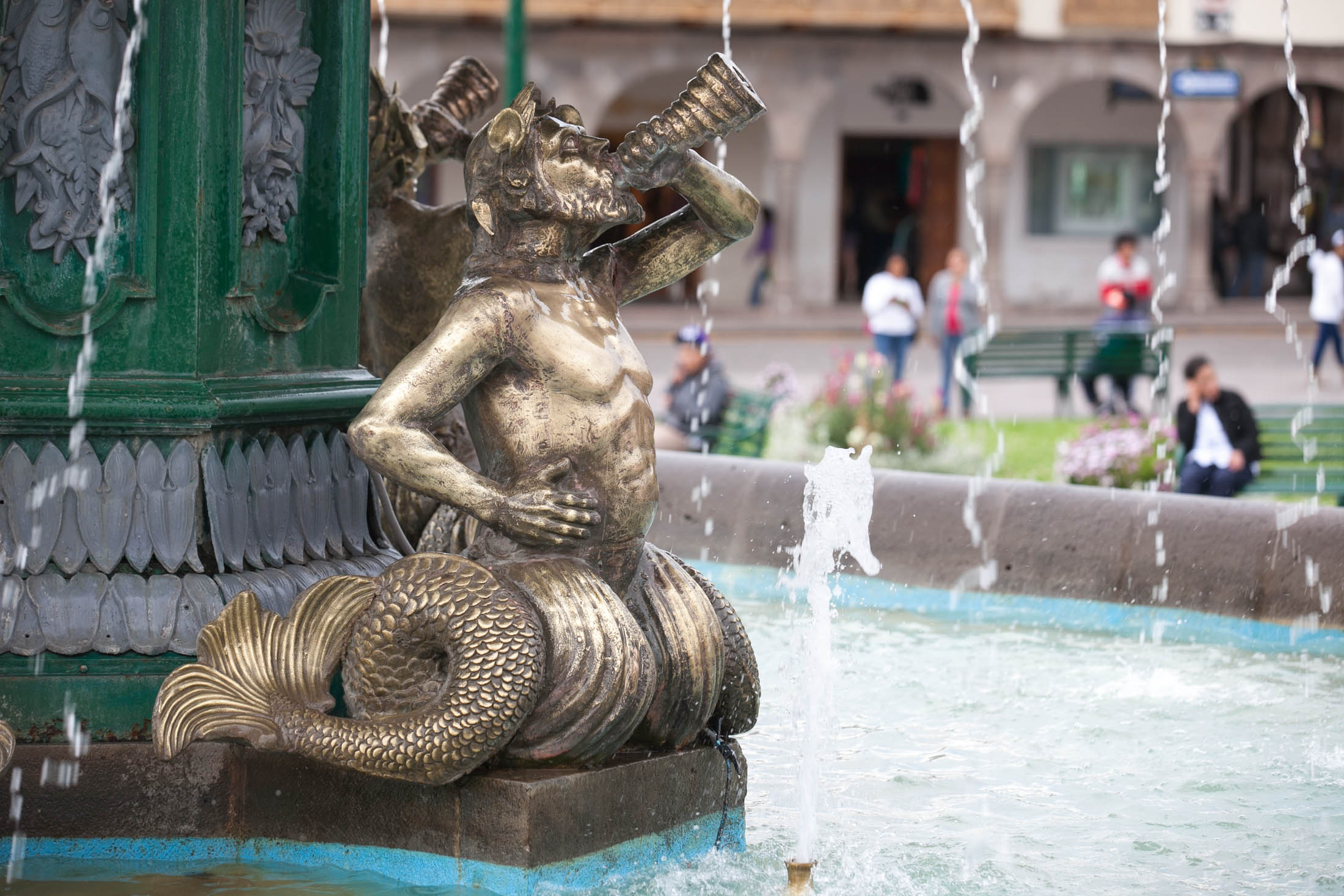 Cusco plaza figurine