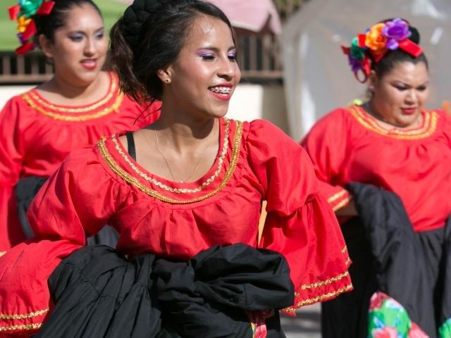 Dancers closeup