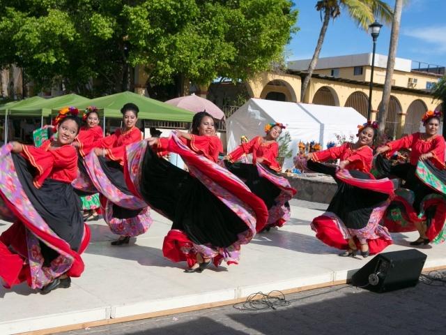 Dancers in Loreto wide shot