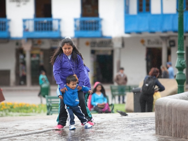 Kids playing at Cusco plaza