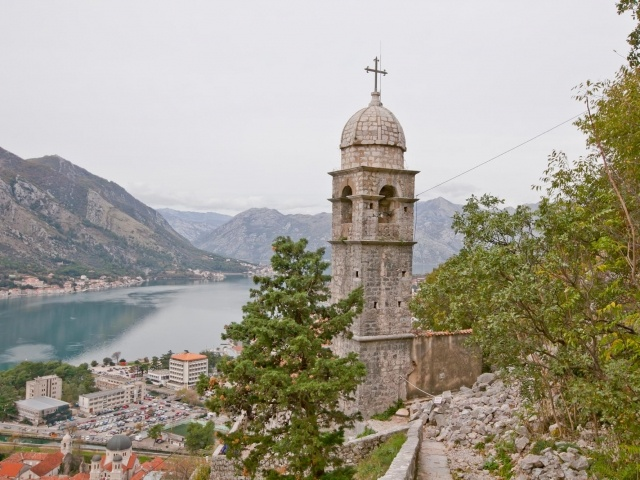 Kotor trail and church