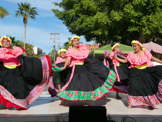 Venezuela troupe in Loreto