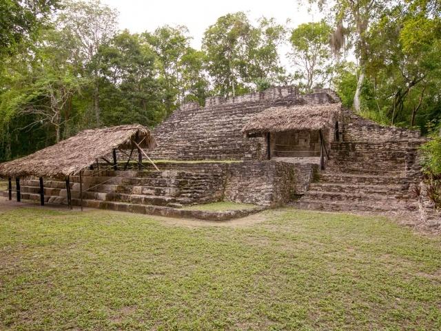 Edificio 14 at Mayan ruins of Dzibanche in Mexico