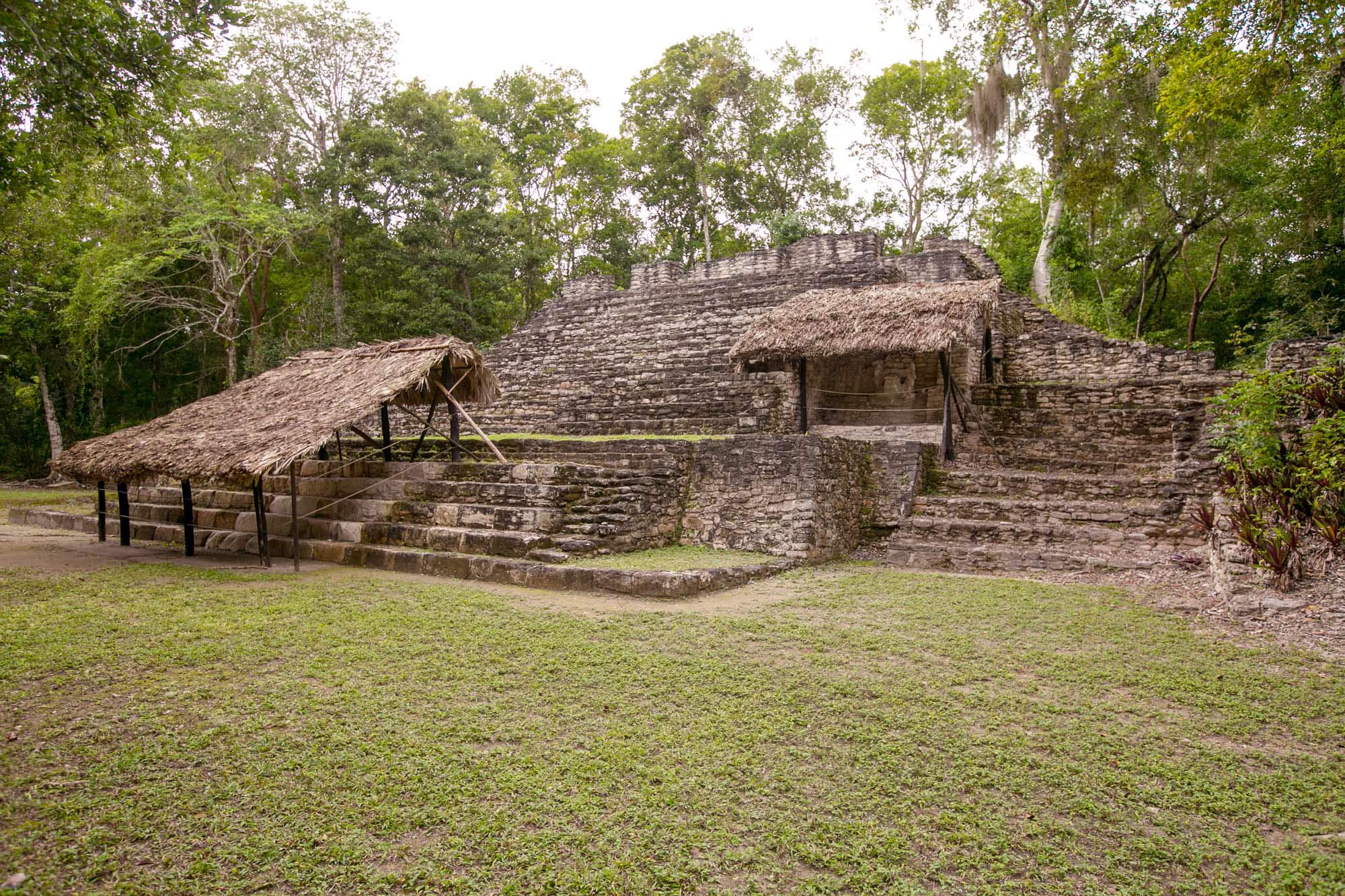 Edificio 14 at Mayan ruins of Dzibanche in Mexico